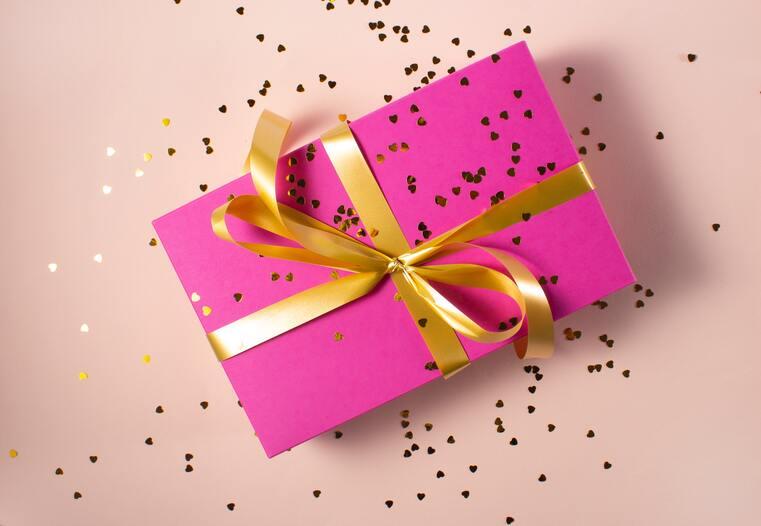 Cosa le regali per San Valentino? Regalale l'intimo perfetto per lei: scopri la taglia giusta con Unyli